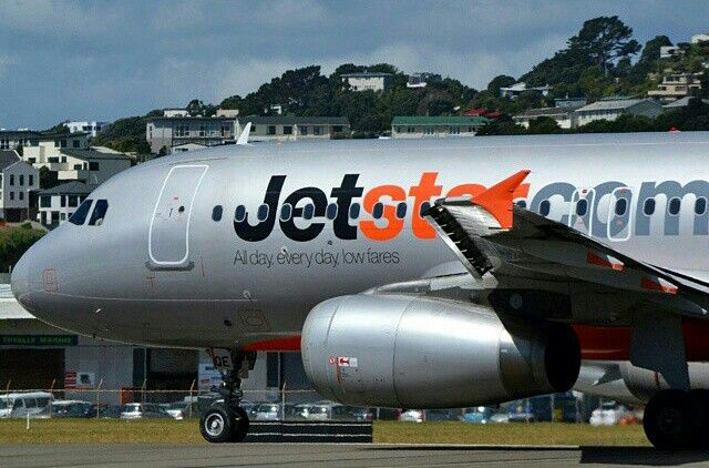 Jetstar A320 on the taxiway at Wellington Airport @nz_aviation