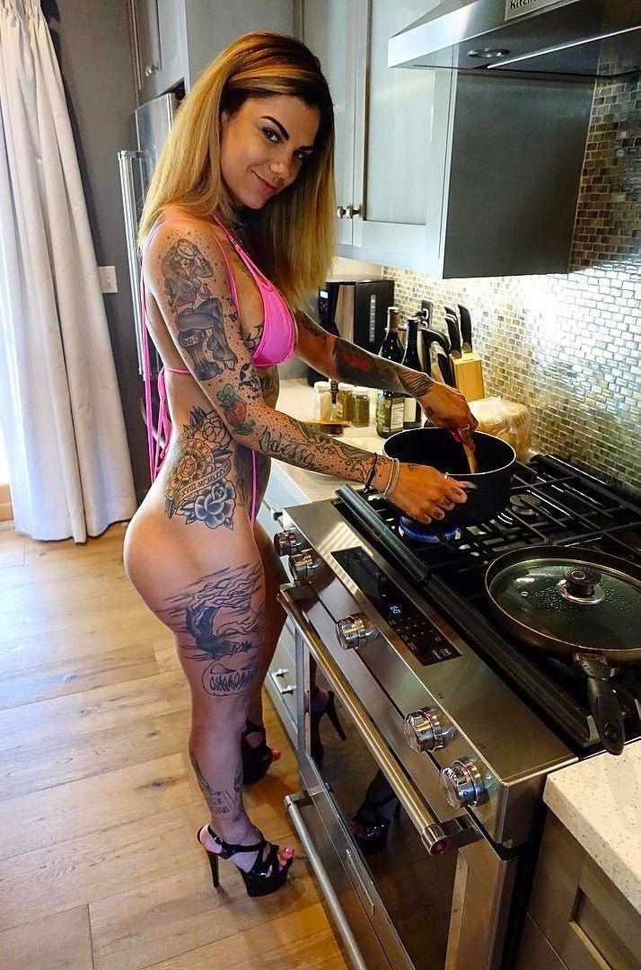 Bonnie Rotten  Girl Tattoos, Beauty Tattoos, Get Dressed-8885