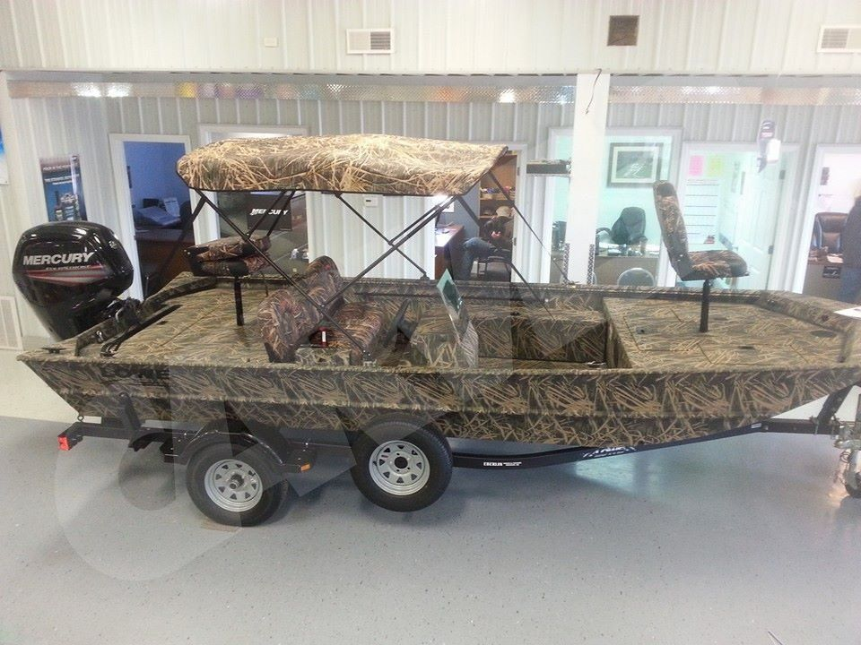 Bass boat & Introducing our New Carver Camo Series Bimini with a Matte Black ...