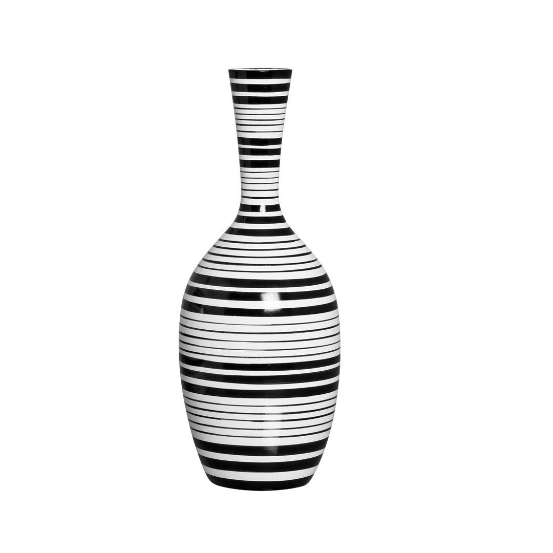Vaso de Chão Listrado Decorativo P. Acessório decorativo nas cores preto e branco para deixar a decoração do seu ambiente lindo e na moda.