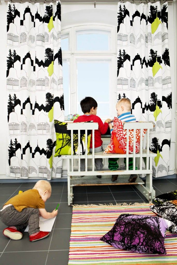 Huvilakatu curtain by Elizabeth Salonen