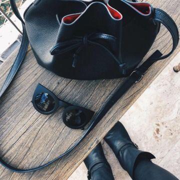 Óculos Gatinha extra grande - Superfluous - Moda   Design Shop ... b0f07c1d61