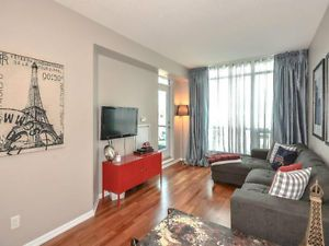 Large Spotless And By The Lake Condos For Sale City Of Toronto Kijiji Condos For Sale Real Estate Condo