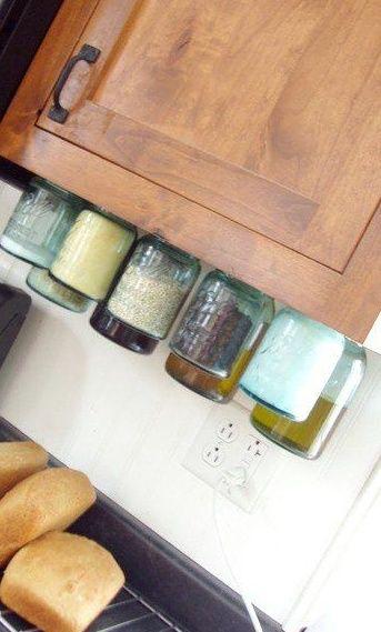 rangement astucieux recyclage de vieux pots de. Black Bedroom Furniture Sets. Home Design Ideas