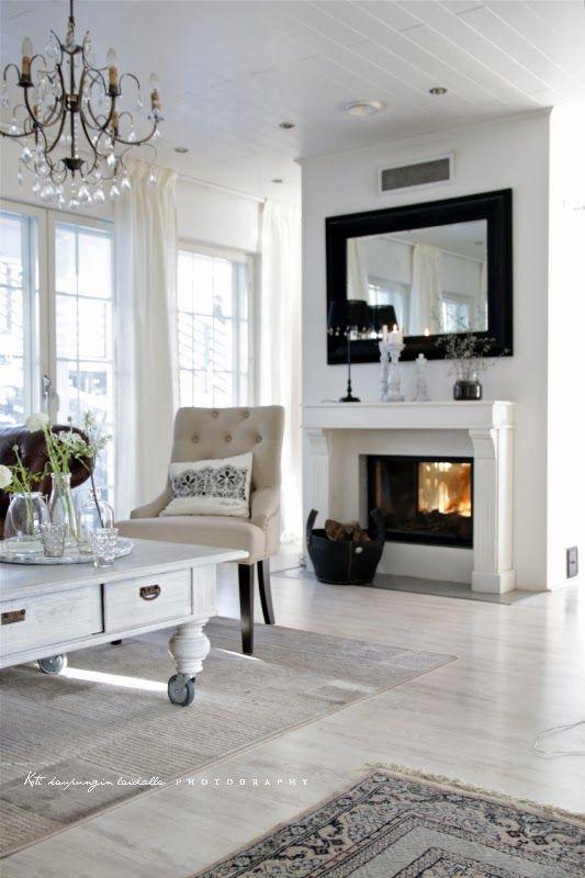 Koti kaupungin laidalla: Sohvapöydän maalausprojekti is finished