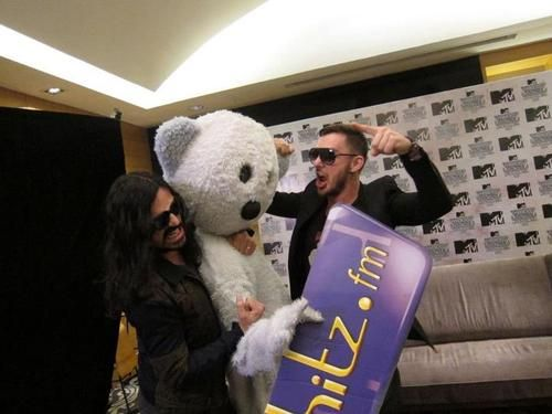 TOMO, SHANNON AND BEAR! ♥