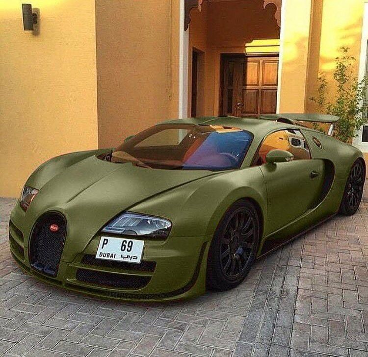 U201cMilitary Green Bugatti Veyron. U201c