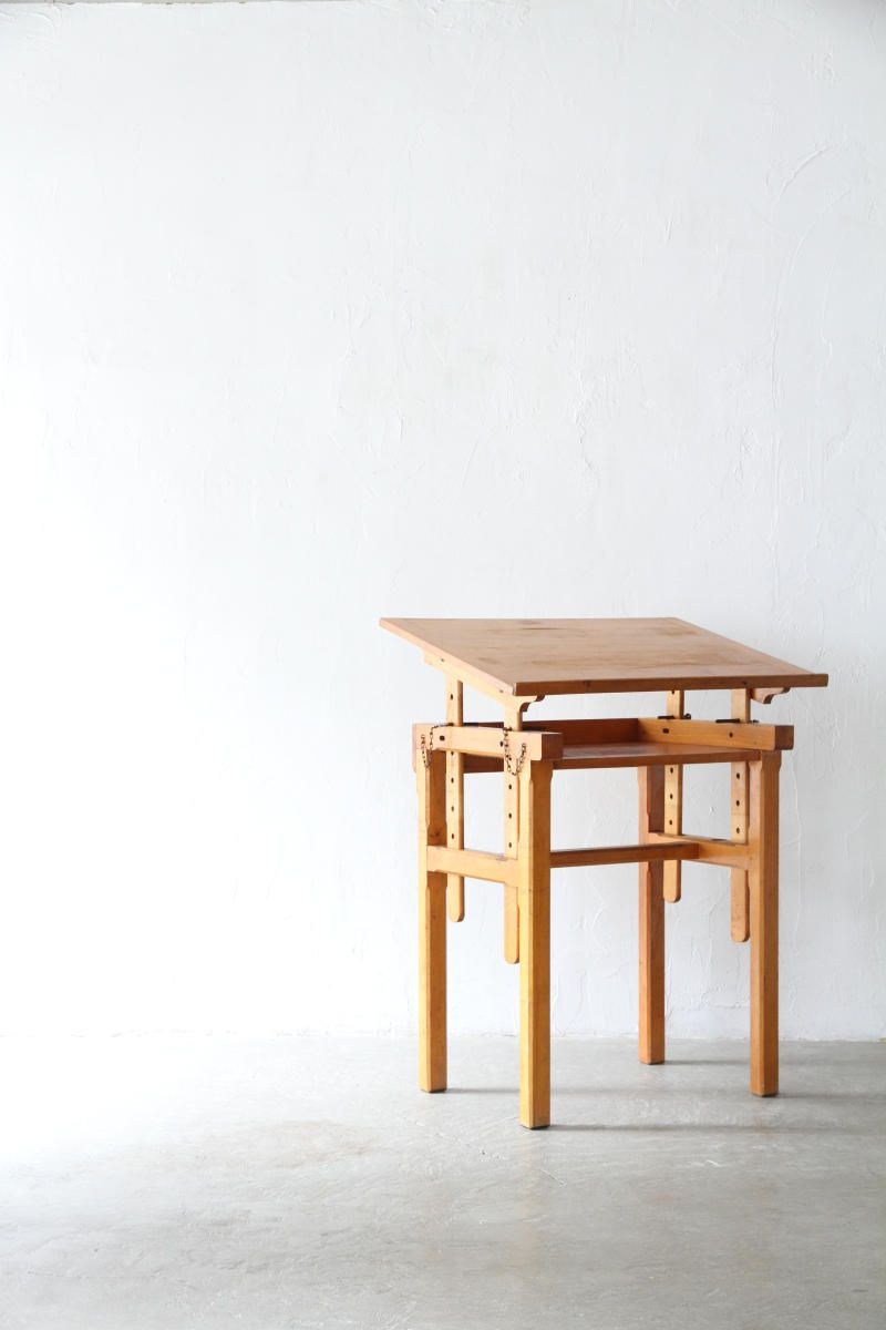 drafting table | unplugged