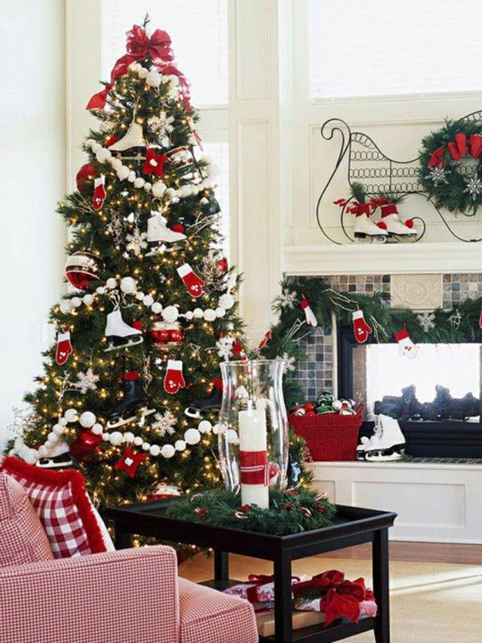 Christmas craft decoration ideas with skates Christmas Wreaths