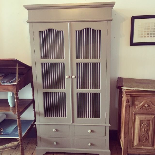 Best Goregous Bird Cage Cabinet Bookcase Cupboard In Farrow 640 x 480