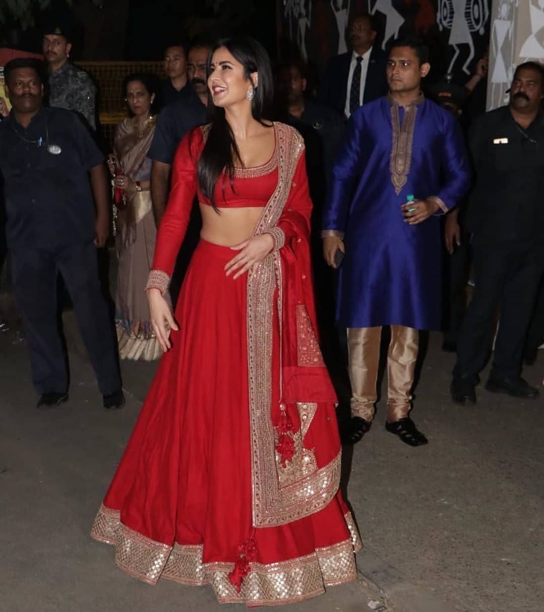 Katrina Kaif Looks All Elegant As Opts Bling Red Bridal Lehenga For Diwali Celebration Hungryboo In 2020 Bridal Lehenga Red Diwali Outfits Traditional Indian Outfits