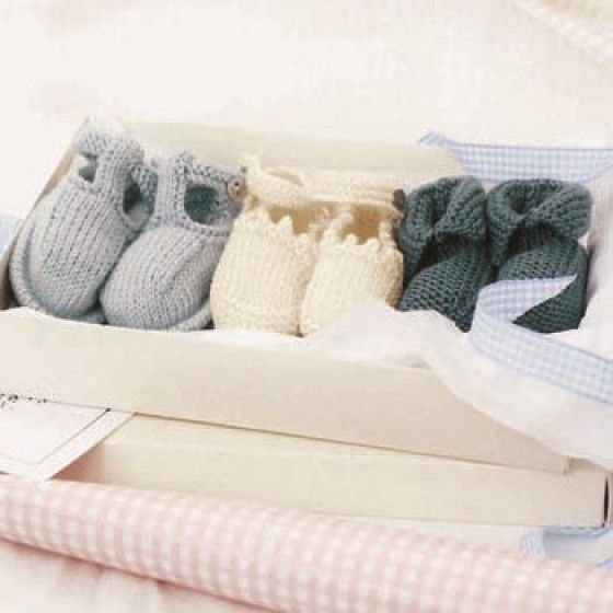 Free Baby Bootees Pattern Download From Womans Weekly Yarn