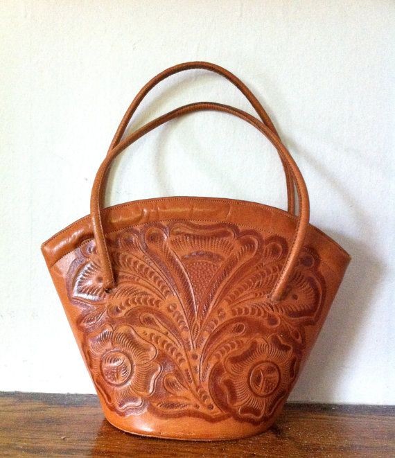 1940s Tooled Leather Bag Deco Flores Handtooled by MINIMAXVINTAGE b1655aebc9681