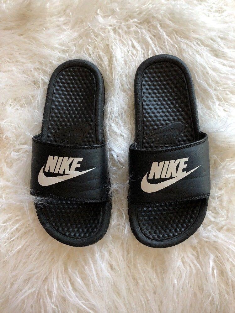 bf0612696ba80 Nike Benassi Black   White Slides Sandals Size 5Y US 4.5 UK 37.5Euro CM  23.5 💫✨  Nike  Slides