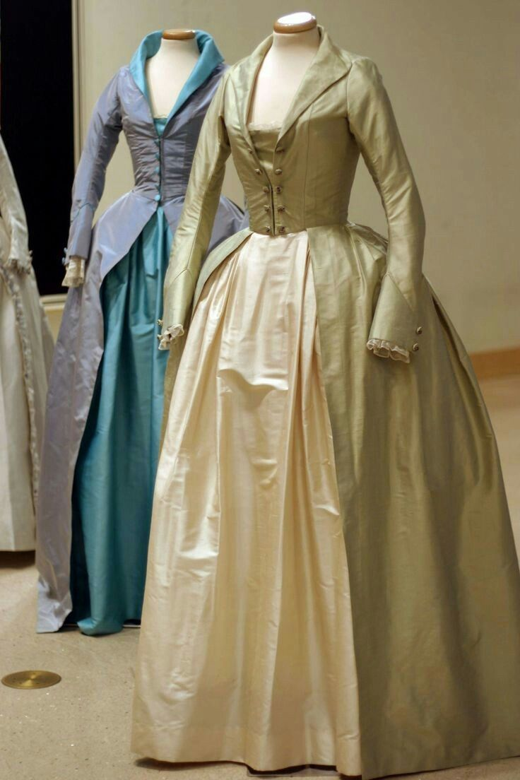 Ladies Medieval Dress Gown dating back to the 1780\'s. | Dress styles ...