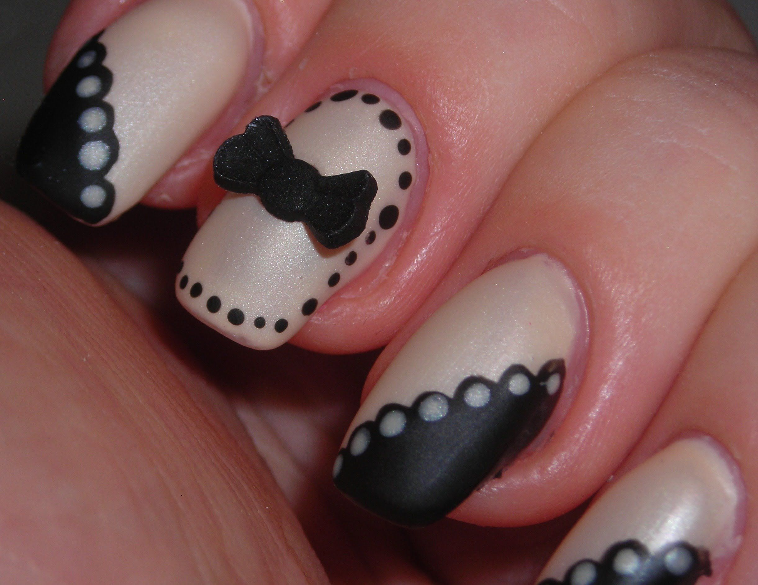 Cute design! | My Nails Look Fabulous! | Pinterest | Beige nail and ...