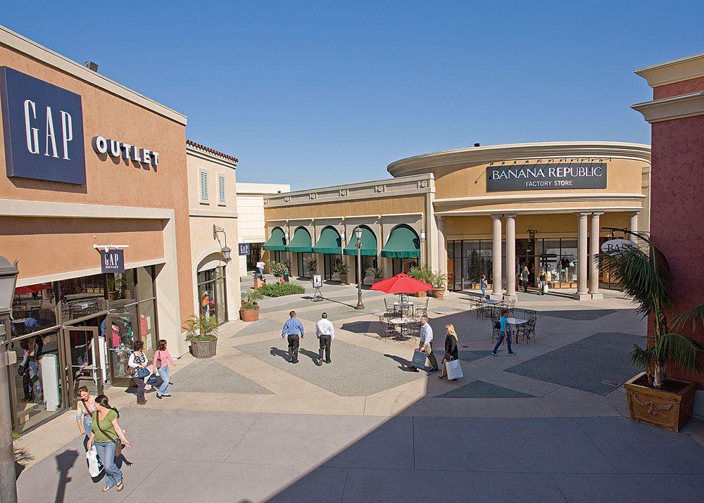Stores At Las Americas Premium Outlets A Simon Mall San Diego Ca Premium Outlets San Diego Shopping San Diego