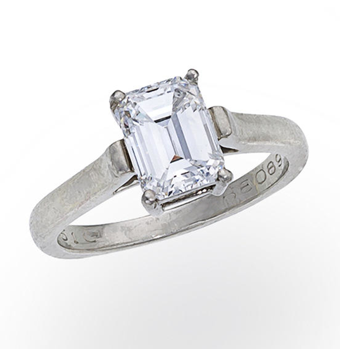 786698045f2 unique Tiffany s round shaped wedding engagement ring with a shared-setting  diamond band