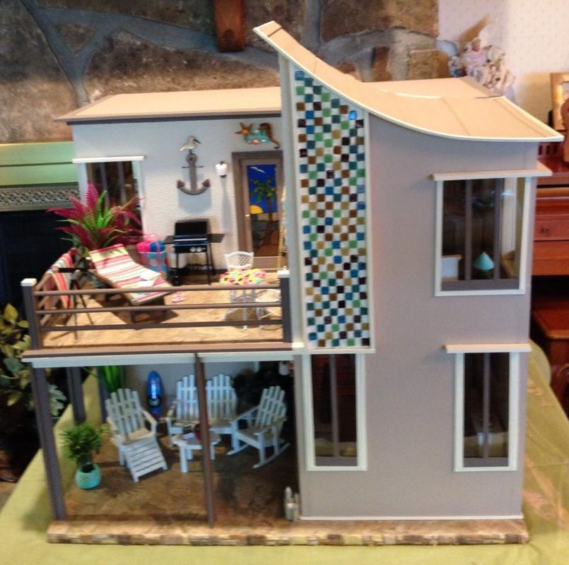 Nana's Dollhouses and Miniatures