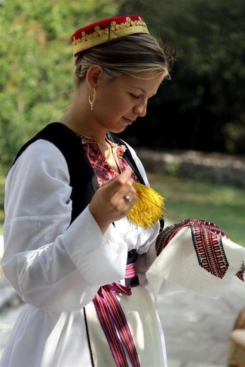 traditional croatian clothing lipa nasa history pinterest croatie europe et electricien. Black Bedroom Furniture Sets. Home Design Ideas