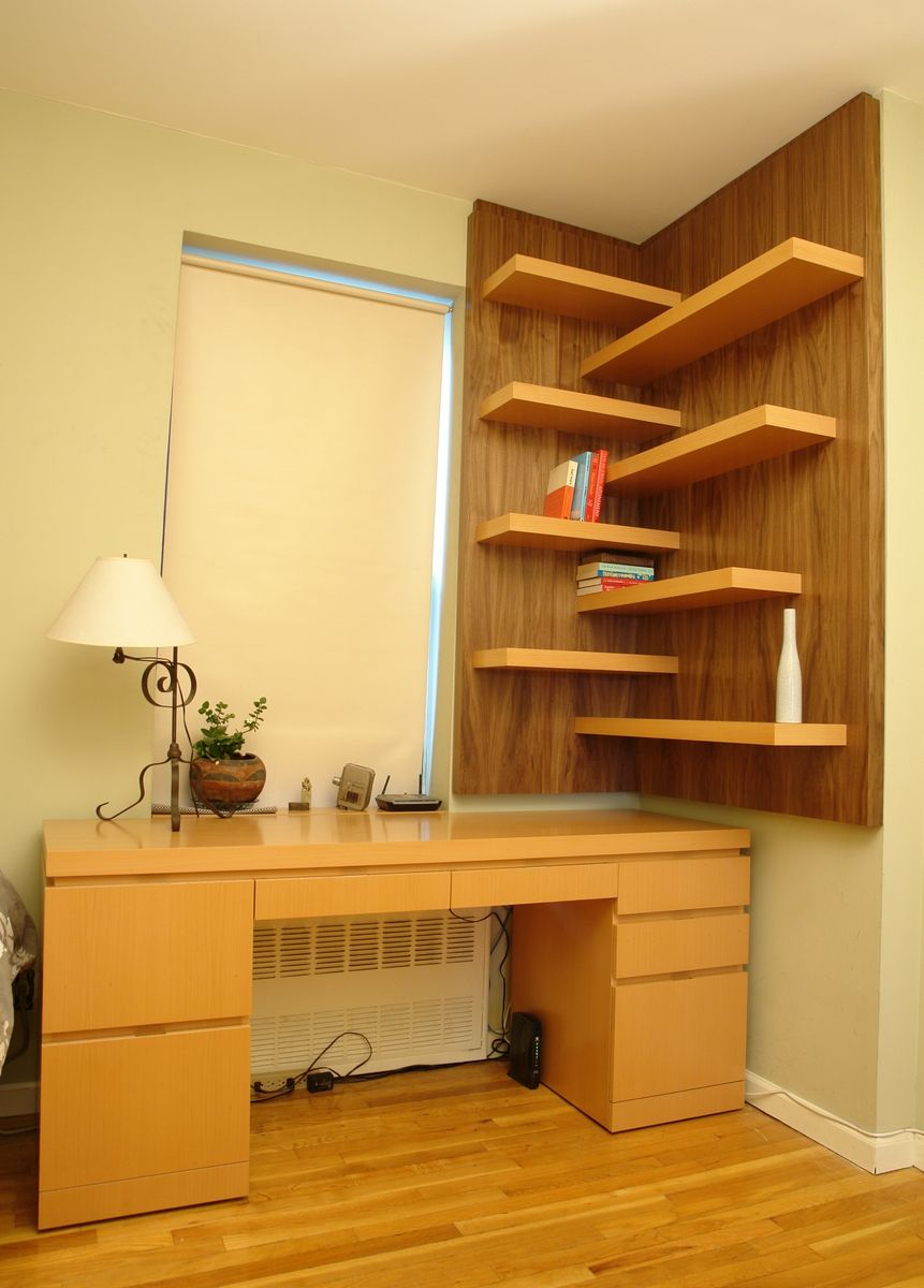 Clever Ways In Which A Corner Bookshelf Can Fill In The Blanks In ...