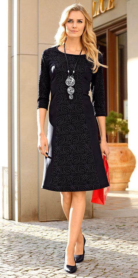 ecccd8785dd63d Einfach aufs Bild klicken und im KLINGEL-Magazin mehr erfahren.  Mode   Kleider
