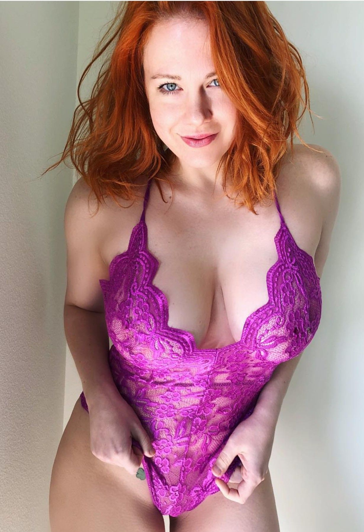 Paparazzi Maitland Ward Baxter naked (14 photos), Topless, Cleavage, Feet, legs 2006