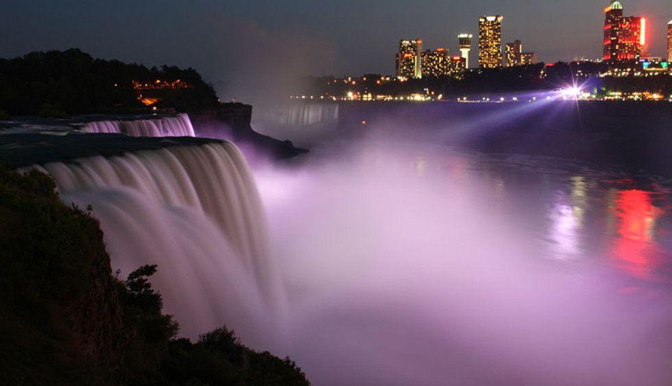 Falls at night, Wikimedia Commons photo. Read story at: http://www.whattravelwriterssay.com/wtwsblog2.html