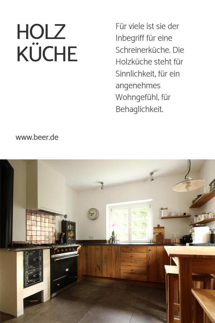 Holzkuche In 2019 Kuche Landhausstil Kitchen Cabinets