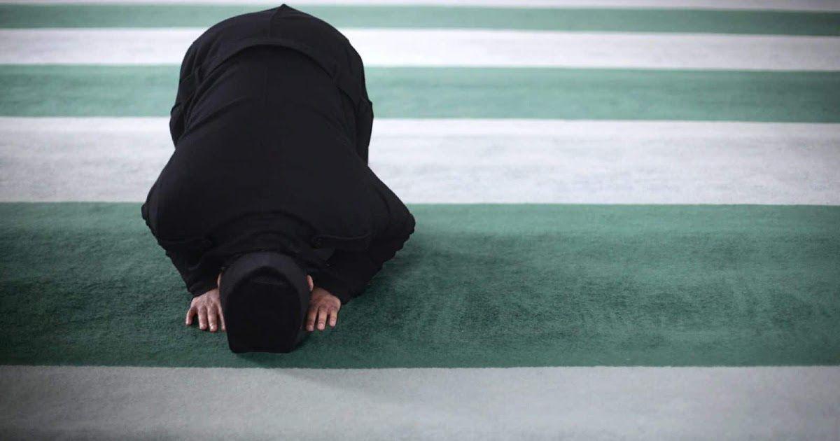 تفسير رؤية صلاة المغرب في المنام لان الصلاة هي الفصل بين المؤمنين والكفار إذا أراد الإنسان الهروب من ربه فعليه أن يصلي إذا أراد أن يطيع Islam Greatful Pahala