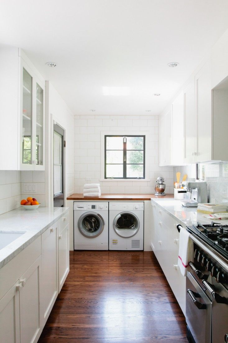 Barbara Bestor Small White Kitchen Remodel, Remodelista Galley Like. Washer  Dryer At One End.