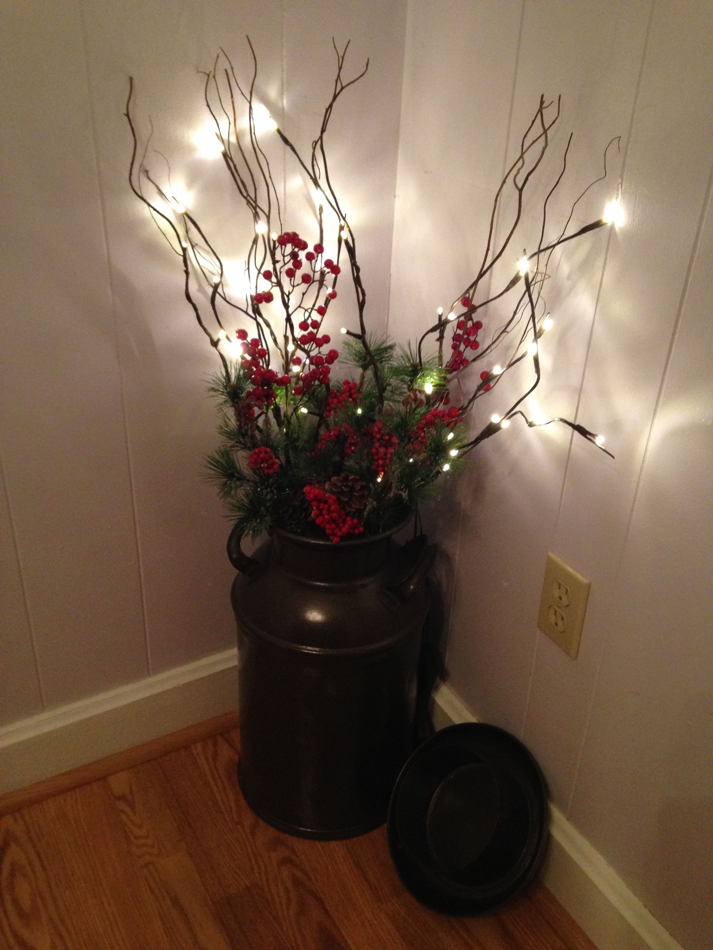 Our milk can all decorated for the home pinterest for Christmas decoration 94