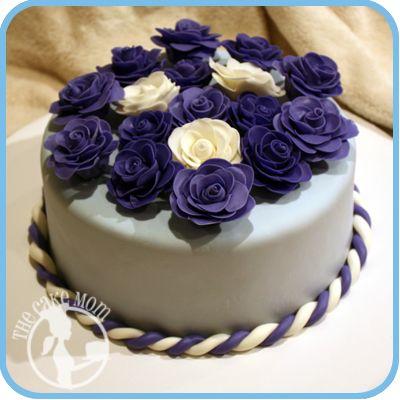 My Grannys 80th Birthday Cake 80th Birthday Party Pinterest