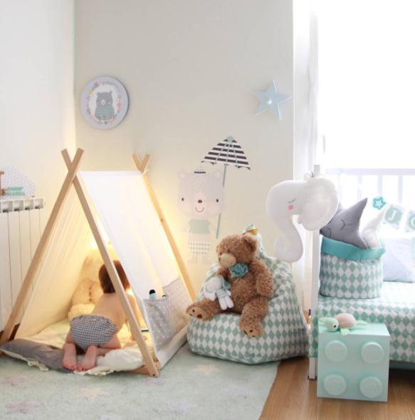 Habitaci n infantil original en color mint minimoi for Habitacion infantil original
