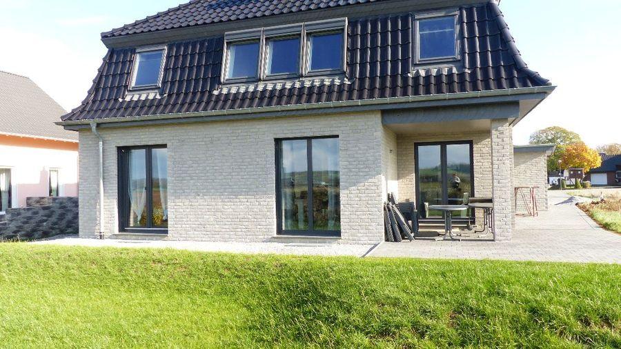 Fewostay.de Das 2017 erbaute freistehende Ferienhaus
