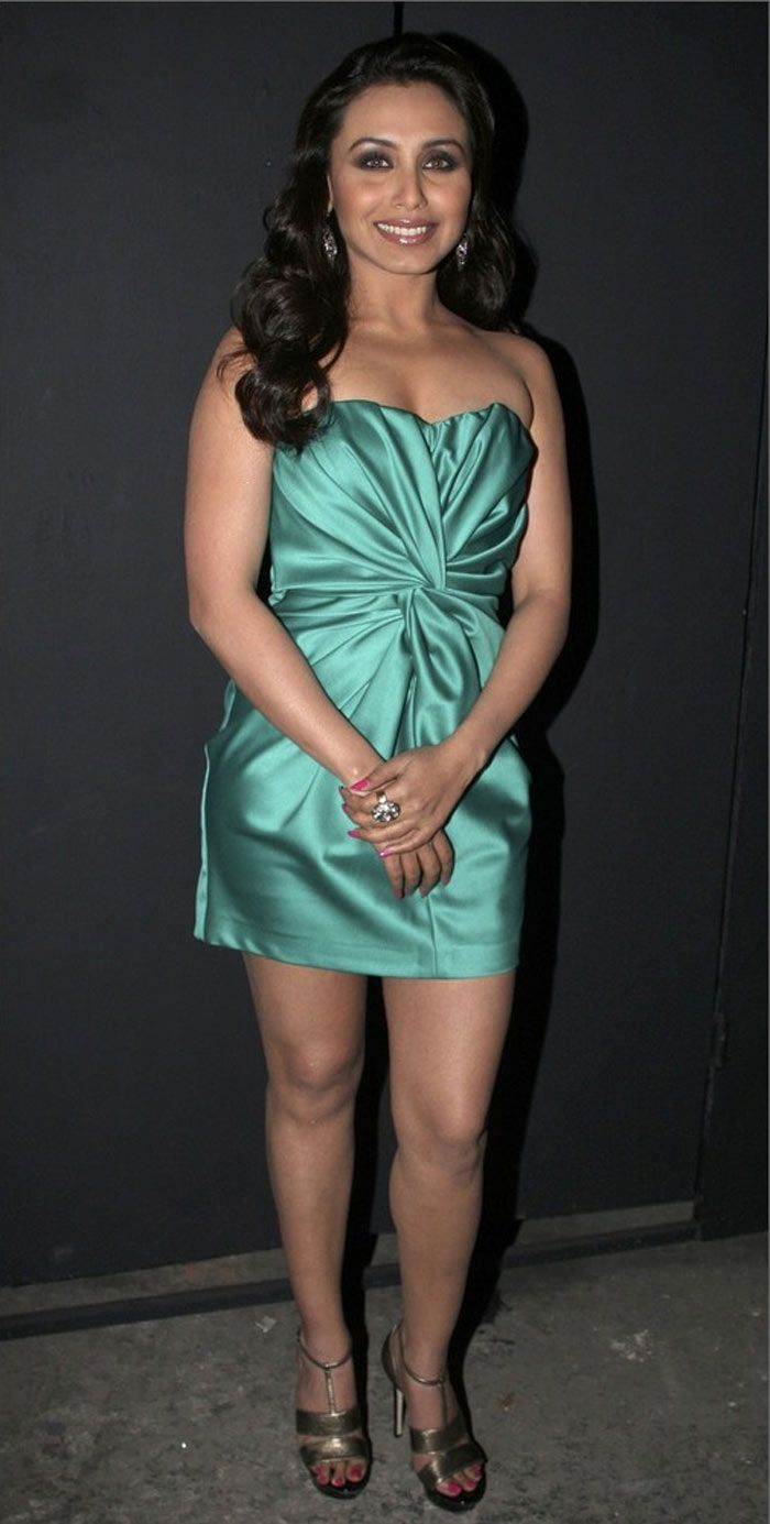 ✺ Bollywood Hotties In Sexy SHORT DRESSES ✺ | Shraddha in