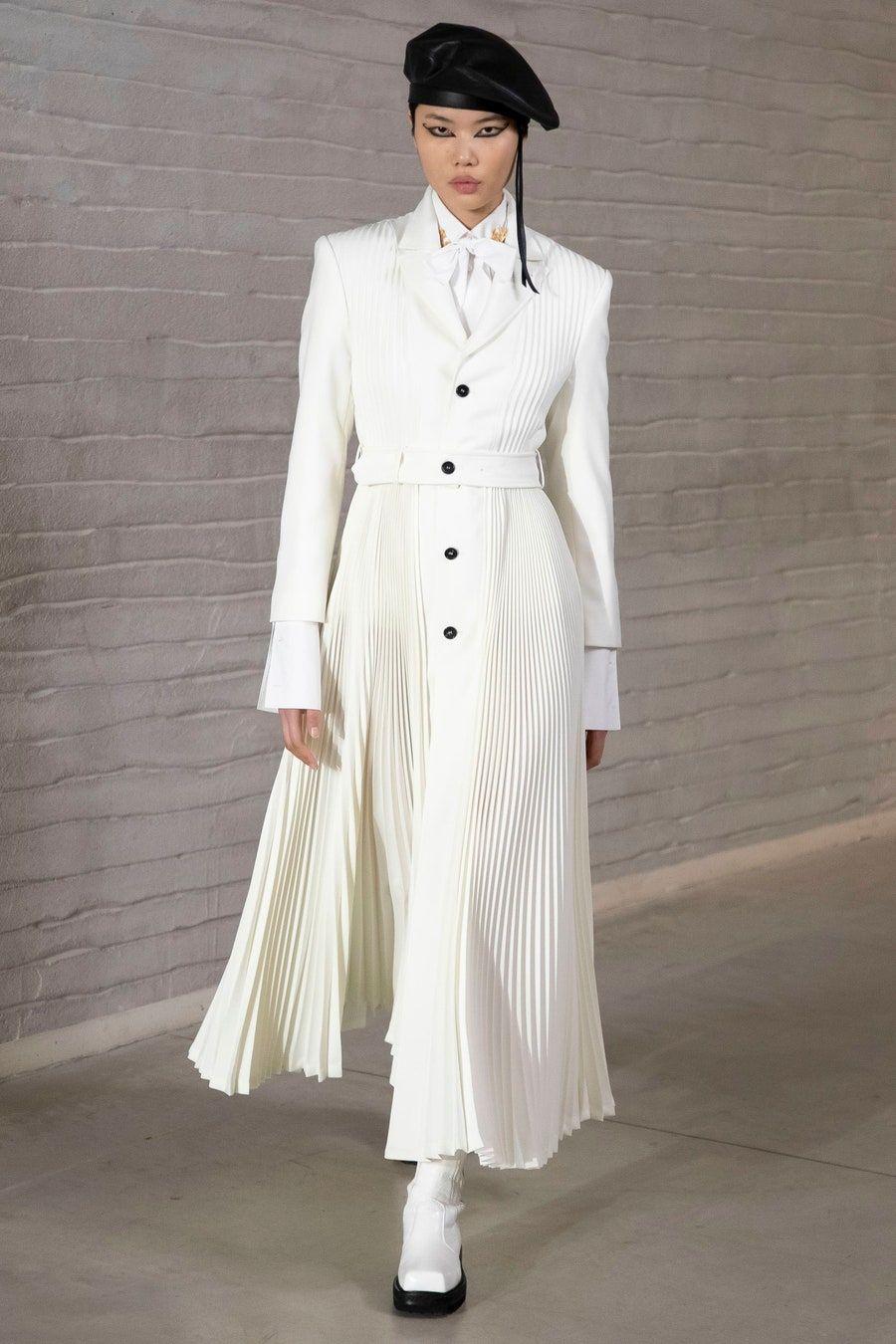 Philosophy Di Lorenzo Serafini Fall 2021 Ready To Wear Fashion Show In 2021 Fashion Ready To Wear Fall Outerwear