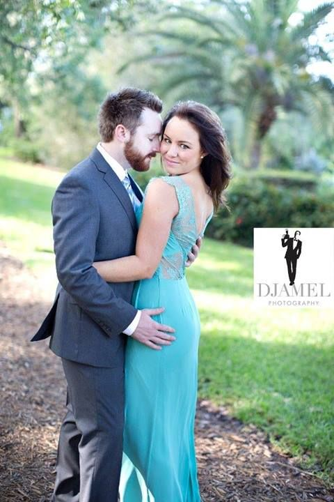 #Tampa #wedding #photographers are talented in various photographic styles. Get stunning and glamorous photographs of your marriage celebration! #tampaweddingphotographers