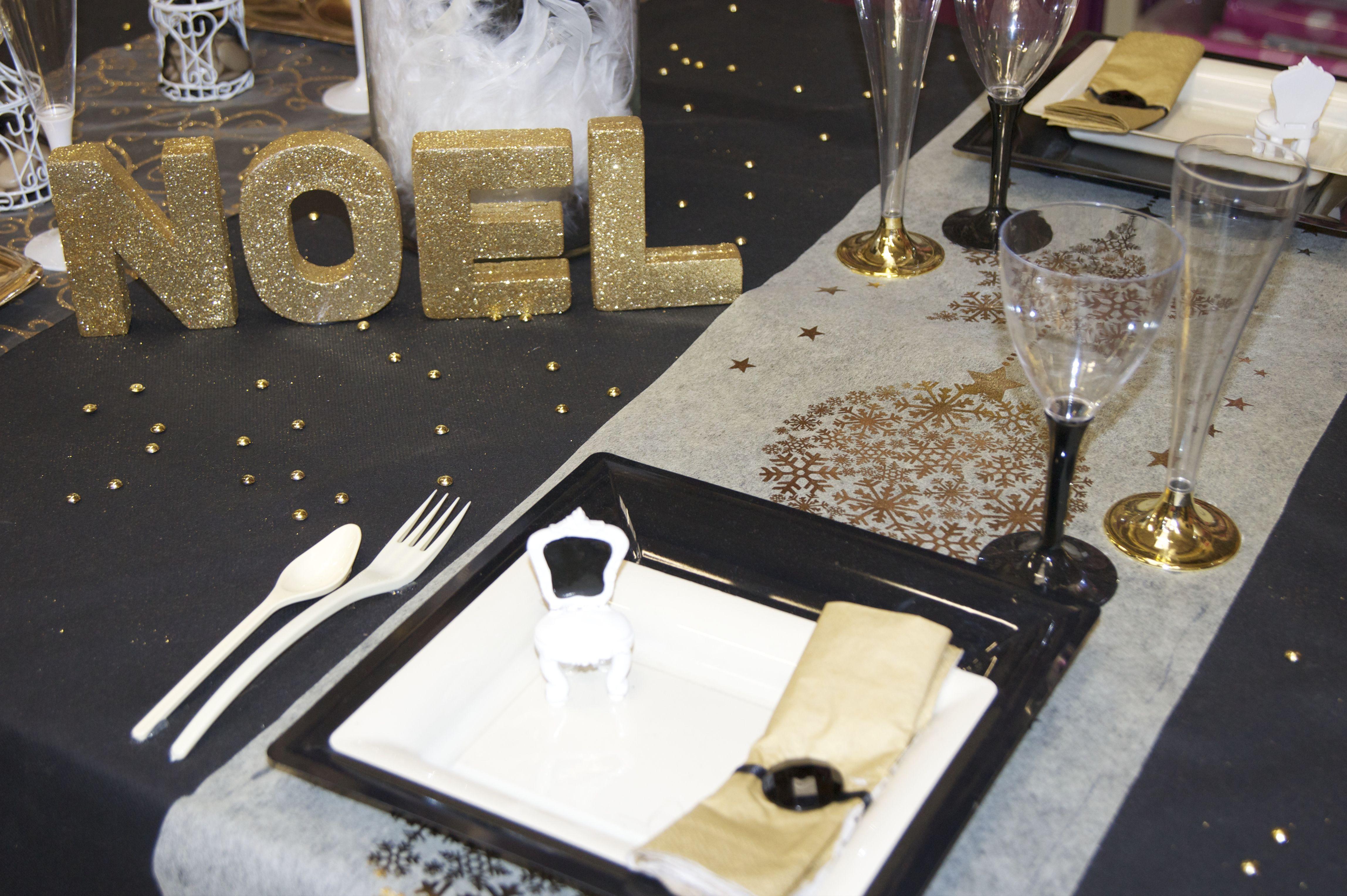Décoration de table Noël (noir / blanc / doré) ,, www.le