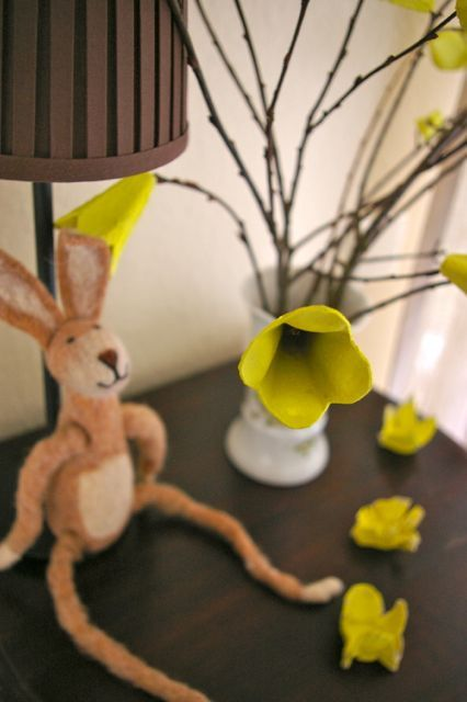 Egg carton & stick bouquet, Avi will be making a colorful one for Grandma for Easter!