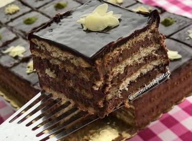 Bisküvili Çikolatalı Pasta - Nefis Yemek Tarifleri