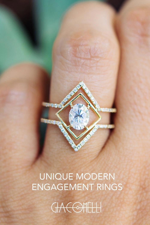 Photo of Jewelry display | Collar | bohemian earrings | Wedding Rings Radiant | …
