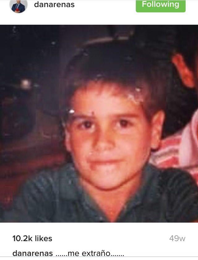 Daniel Arenas. Actor Colombiano. Dice que se extrña...cuando era niño.