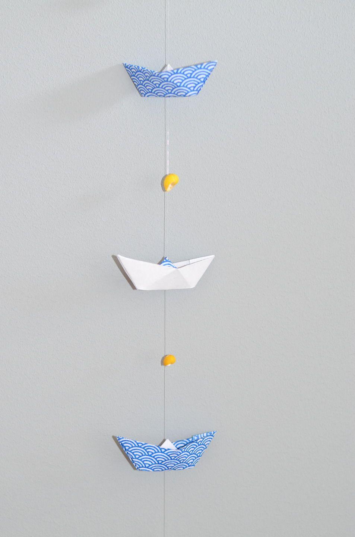 Guirlande murale marine : bateaux en origami et coquillages ...