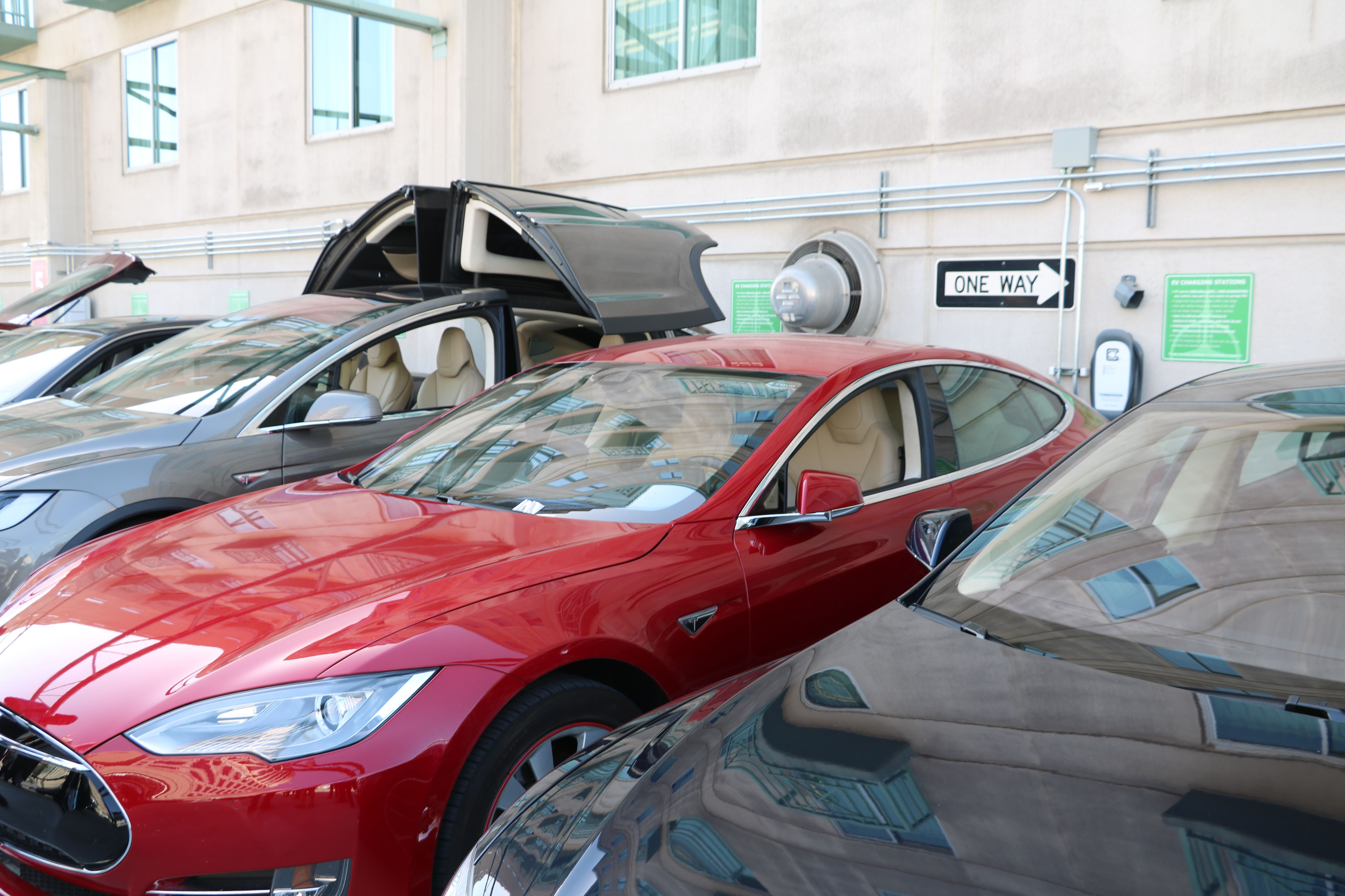 Teslas Charging With 240v Clippercreek Chargers Model X Model S Electric Vehicle Charging Ev Charging Electric Vehicle Charging Station