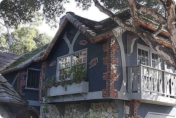 Living Beautifully Cottages Of Carmel Monterey California Cottage Monterey California Live Beautifully