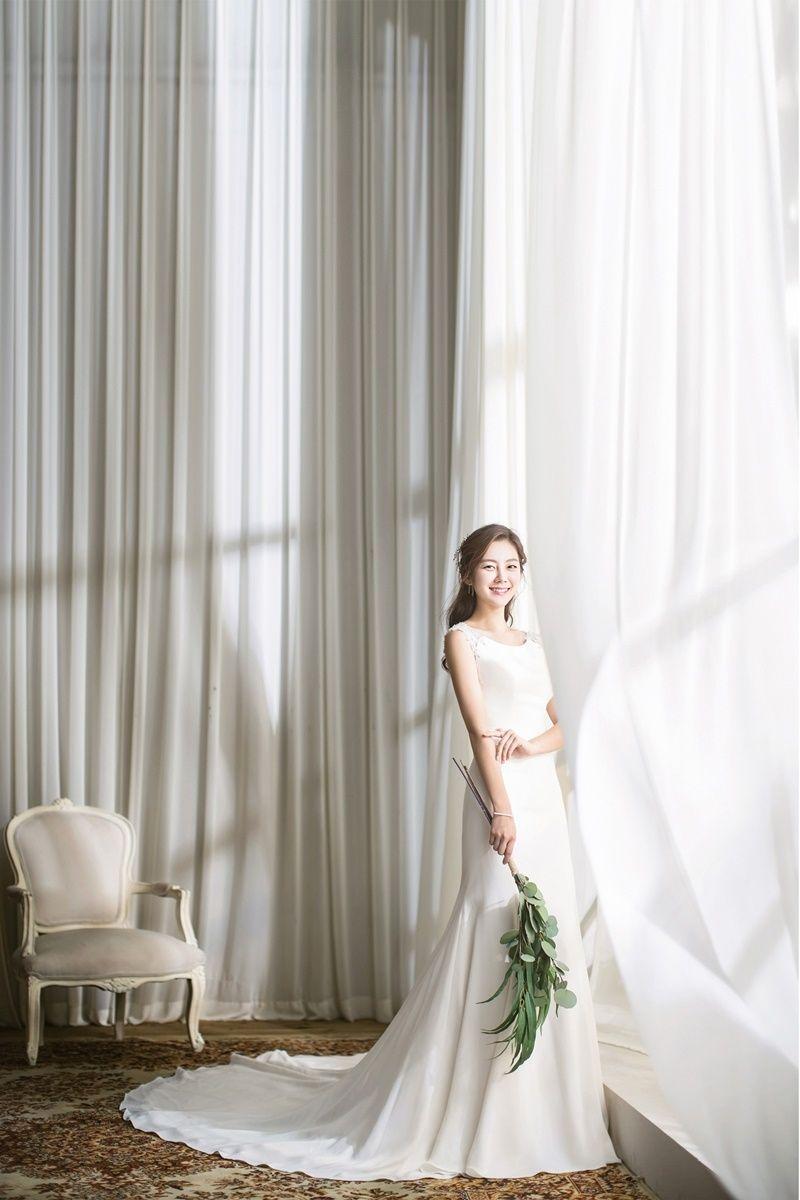 고퀄리티 세미웨딩, 웨딩촬영 + 드레스 + 슈즈 + 소품 + M청첩장 = 15만원, 4K 영상촬영 25만원
