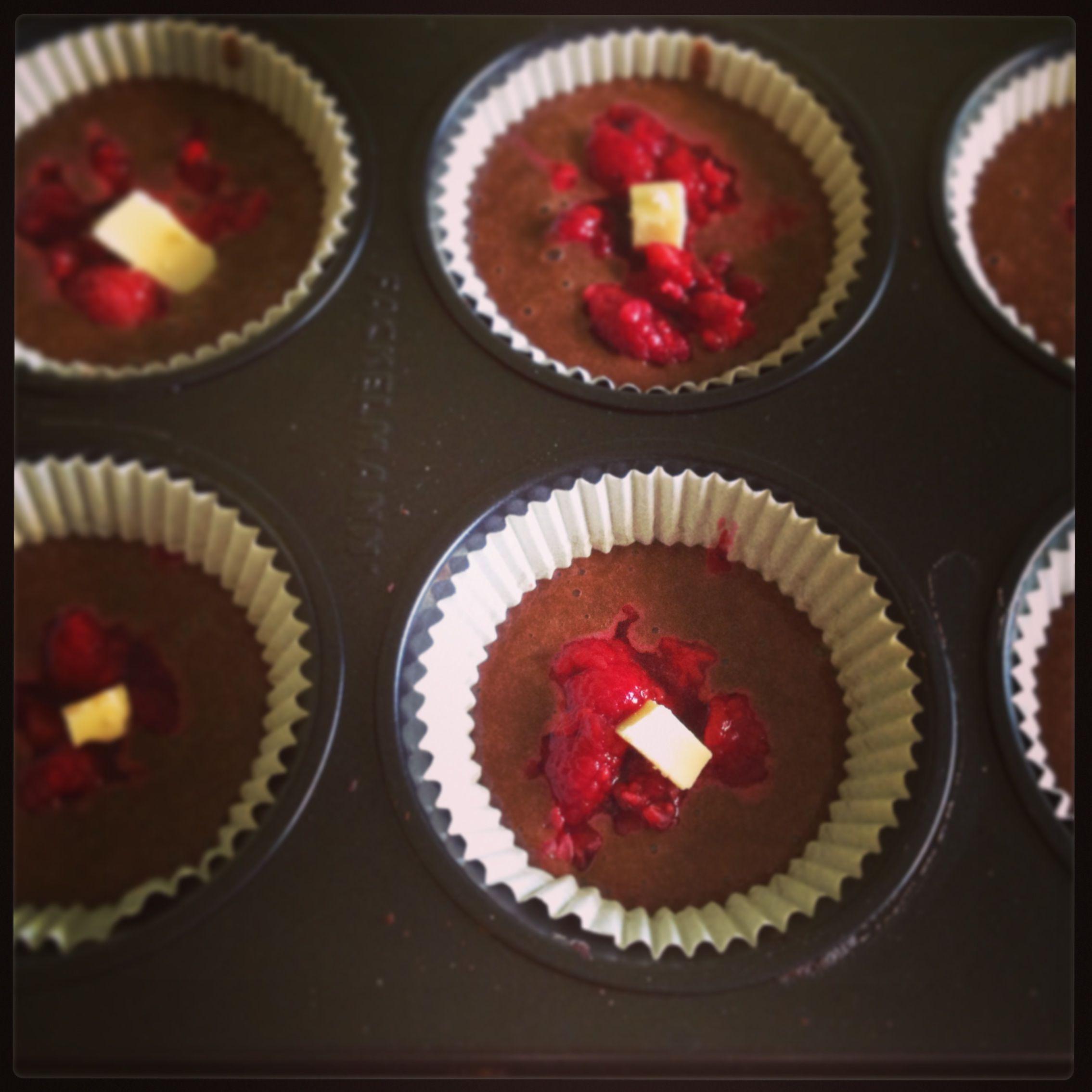 Malinové muffiny s bielou čokoládou - NajRecept.sk