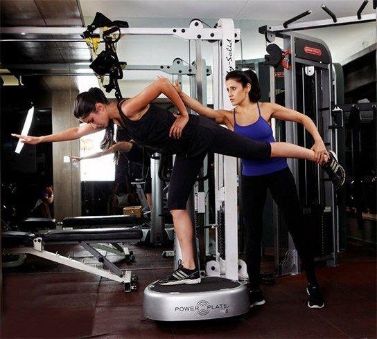 Katrina Kaif workout   #Bollywood #Celebs #Fitness ...