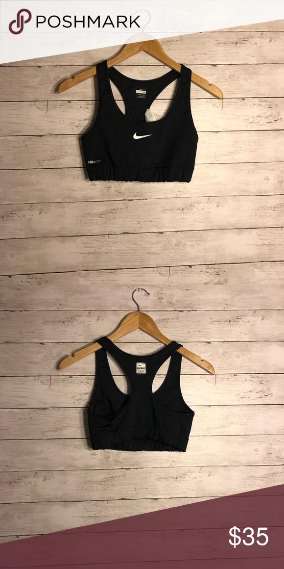 858365907dd38 Nike Dry Fit Sports Bra Black Medium Classic Nike sports bra in black